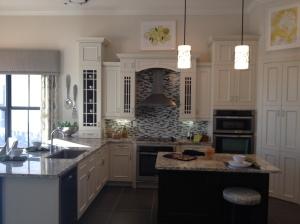 Briones kitchen
